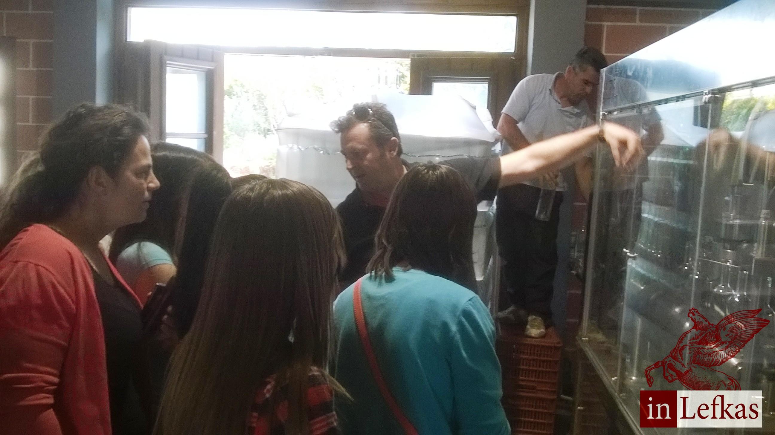 """Το οινοποιείο """"Λευκαδίτικη Γη"""" επισκέφθηκαν οι σπουδαστές του ΔΙΕΚ Λευκάδας"""